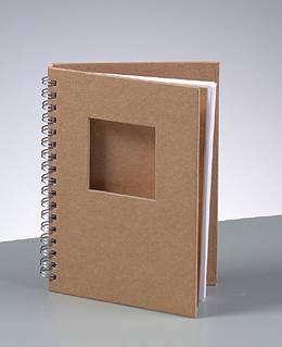 Blok na scrapbooking k dekoraci, kroužková vazba, velikost A6, se čtvercem Efco