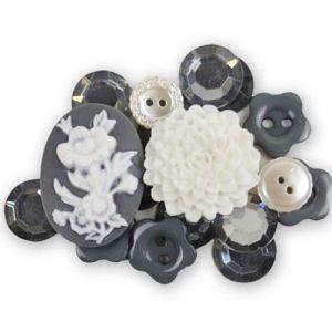 Mix knoflíků a dekorací šedo-bílé (18ks)