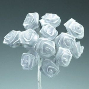 Kytice růžiček ze saténu 12ks bílá