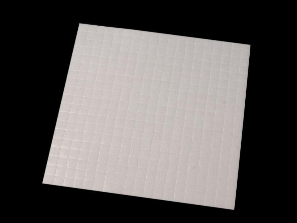 Lepidlo vhodné na scrapbooking i cardmaking 3D pěnové polštářky - Oboustranné lepicí čtverečky 5x5 mm nezařezeno